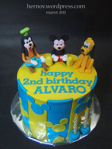 Alvaro's MICKEY & FRIENDS Birthday Cake